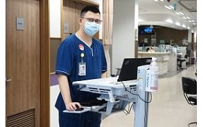 Staff nurse shares first-hand lessons from the front lines